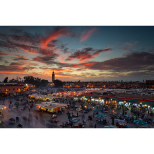 Fotografii artistice Sunset over Jemaa Le Fnaa Square in Marrakech, Morocco, Dan Mirica