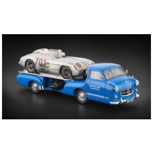 Macheta 1:18 Mercedes-Benz Racing Car Transporter + 300 SLR Dirty Hero