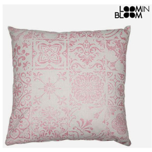 Pernă Roz (60 x 60 cm) - Queen Deco Colectare by Loom In Bloom