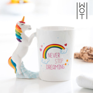 Cană Unicorn Never Stop Dreaming Wagon Trend