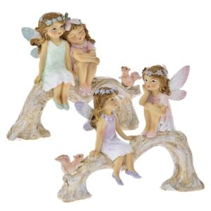 Set 2 figurine Fairies on a tree truck din rasina