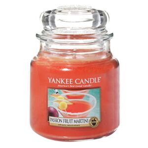 Yankee Candle lumanare parfumata Passion Fruit Martini Classic Medium