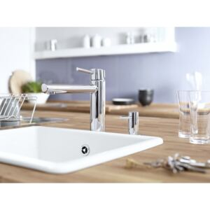 Baterie bucatarie cu dus Grohe Concetto-31129001
